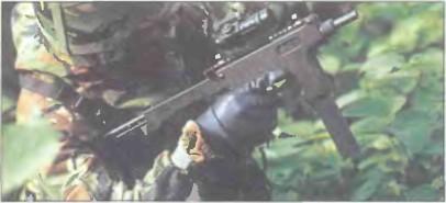 Великобритания: пистолет-пулемет ЛИЧНОЙ САМООБОРОНЫ ПАРКЕР-ХЕЙЛ - фото, описание, история