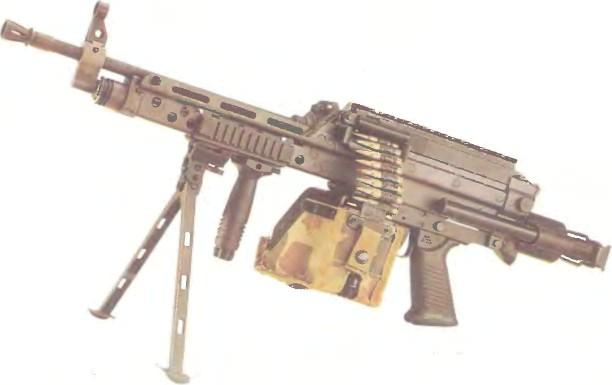 США: пулемет РОТНОЕ АВТОМАТИЧЕСКОЕ ОРУЖИЕ М249 - фото, описание, характеристики, история